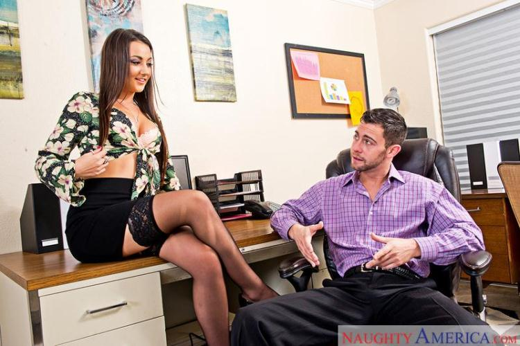 Lily Adams - Sex in Office / 27.10.2016 [NaughtyAmerica / SD]