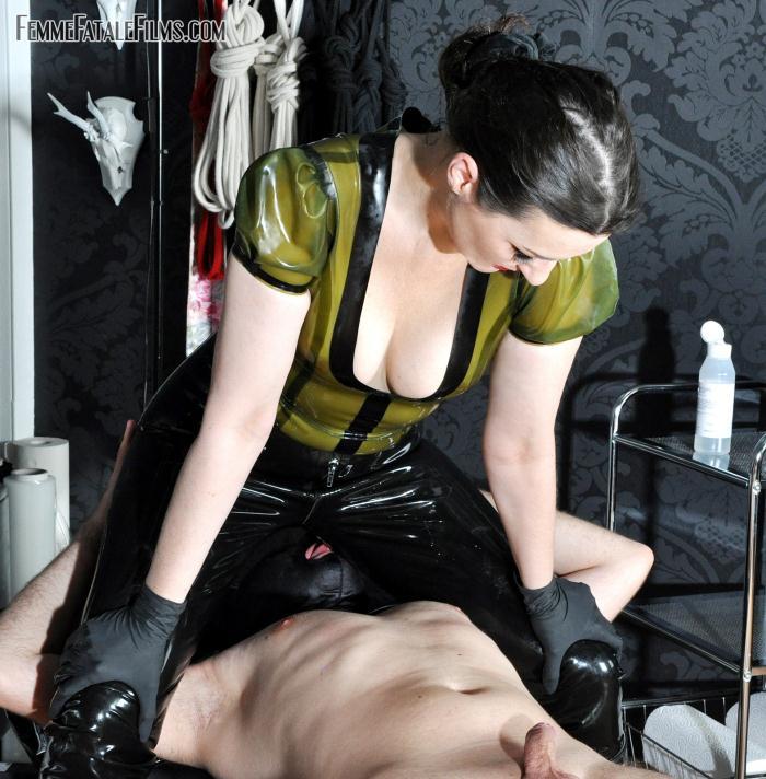FemmeFataleFilms: Lady Victoria Valente - Humiliation Milking  [HD 720p]  (Femdom)