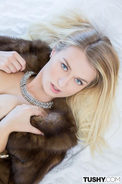 Tushy: Natalia Starr - I Love Sex With My Ex Boyfriend [SD 590 MB]