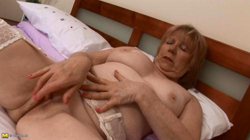 Mature.nl/Mature.eu [April W. (60) - Mat-eu-media147] HD, 720p