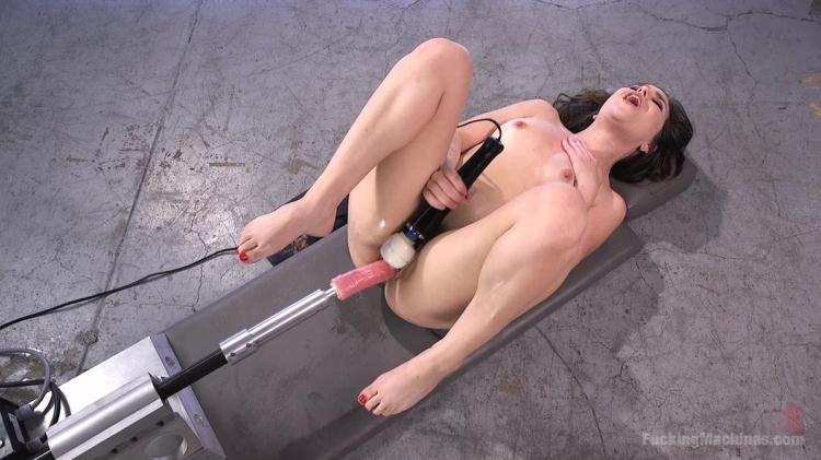 Sex Crazed Slut Gets Machine Fucked and Tied Up - Juliette March / 23.11.2016 [FuckingMachines / HD]