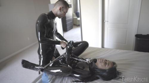 Gage Sin, Jessica Creepshow - Jessica & Gage Part 2 [HD, 720p] [fetishkitsch.com] - Latex, Rubber