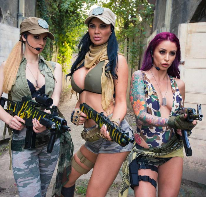 PornstarsLikeItBig/BraZZers: Monique Alexander, Jasmine Jae, Stella Cox - Cock Of Duty: A XXX Parody  [HD 720p]  (Threesome)