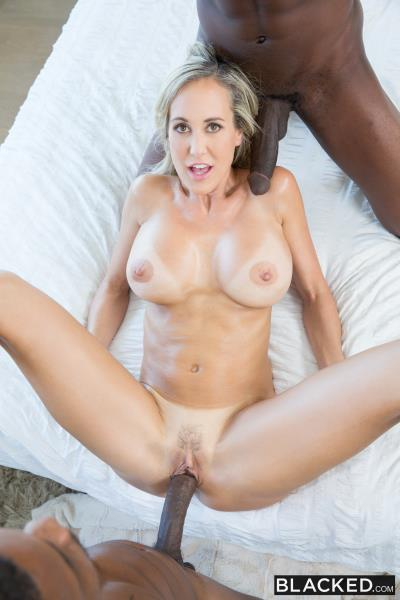 Brandi Love - Sexy Mom Takes 2 young BBCs (2016/4K)