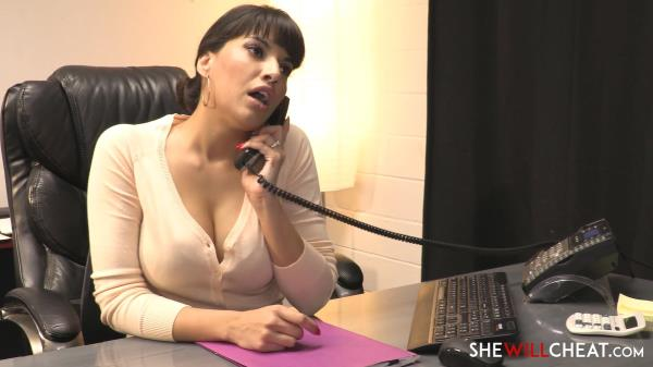 Mercedes Carrera Mercedes Carrera fucks her personal assistant [SheWillCheat 1080p]