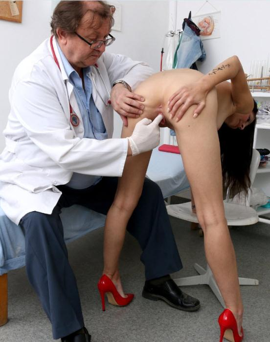 FreakyDoctor: Maria 2 - 25 years girls gyno exam [HD 720p] (1.59 GB)