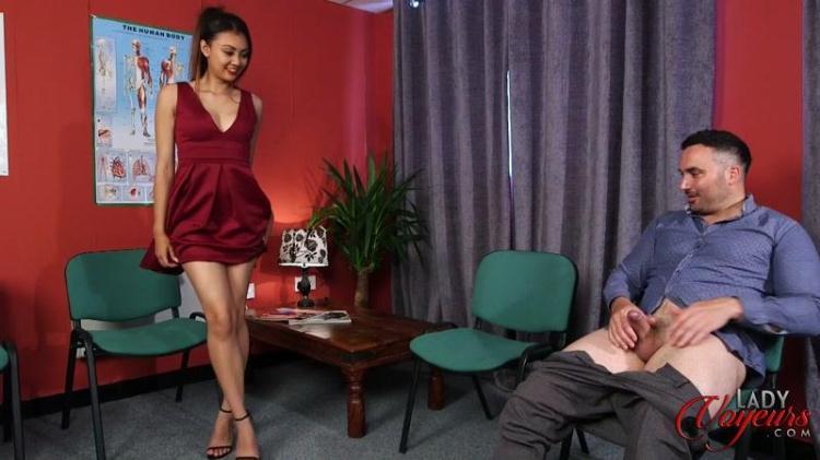 Tulisa James - Waiting Room / 10.11.2016 [LadyVoyeurs / FullHD]