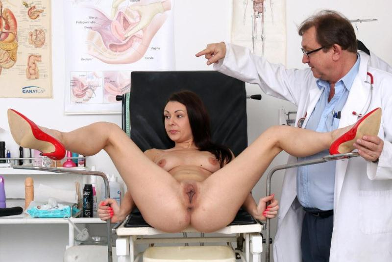 ExclusiveClub.com / FreakyDoctor.com: Kara Rose - 25 years girls gyno exam [HD] (1.44 GB)
