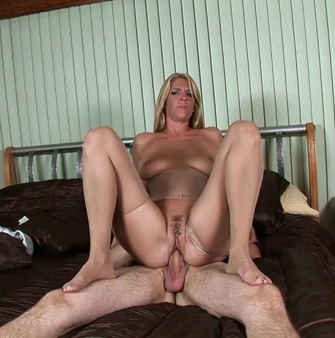 LegSex/PornMegaLoad: Jordan Kingsley - Nailing The Hosed Housekeeper  [SD 480p]