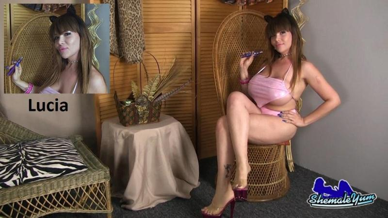 Sh3m4l3Yum.com: Lucia - Heritage Model 35 [HD] (407 MB)