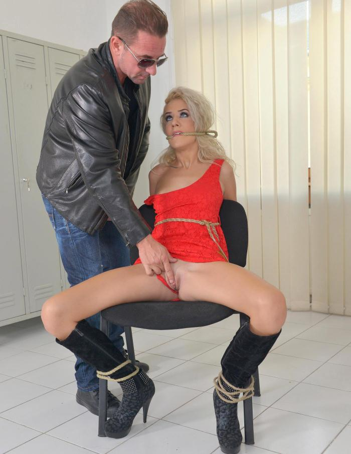 HouseOfTaboo/DDFProd - Monique Woods - The Locker Rocker - Bound Submissive Blonde Ass Fucked [SD 540p]