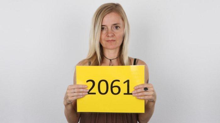 CzechAV, CzechCasting: Laura (2061) (SD/540p/130 MB) 02.11.2016