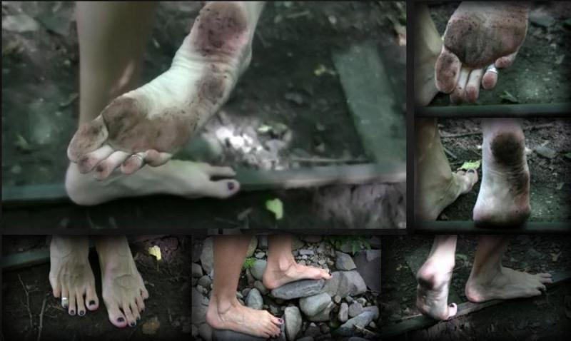 (Foot Fetish / MP4) Barefot Trip QueenSnake.com - HD 720p