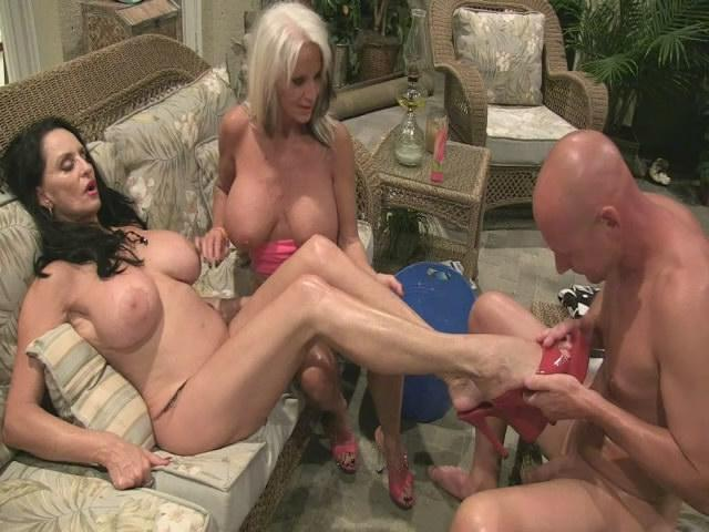 Sally D'angelo and Rita Daniel - Feet foot job / 06 Nov 2016 [SD]