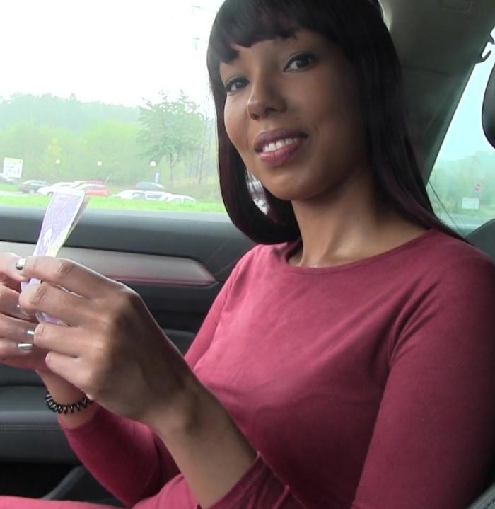PublicAgent - Sade Rose - Ebony Beauty Fucked in a Car [HD 720p]