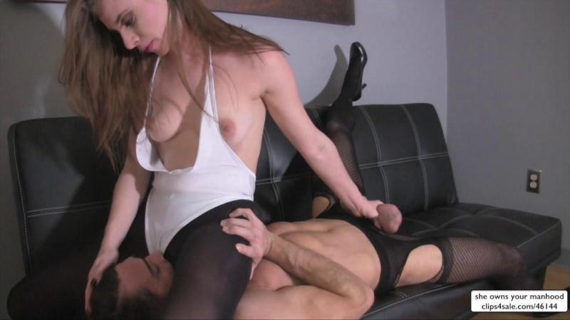 sweetfemdom.com: Anya Olsen Gets Hers [HD] (516 MB)
