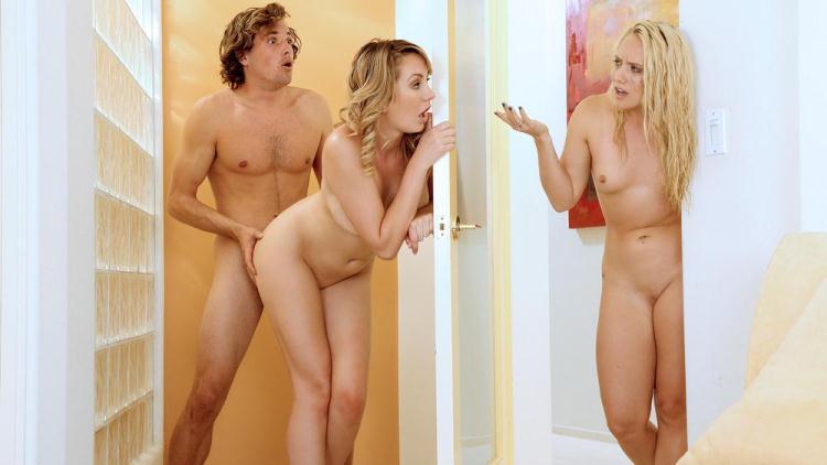 AJ Applegate, Brett Rossi - Busted Lesbians Share Boyfriend's Dick / 17 Nov 2016 [Mofos / SD]