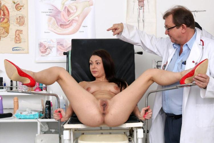 Kara Rose - 25 years girls gyno exam / 11.11.2016 [ExclusiveClub, FreakyDoctor / HD]