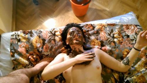 Sc4tsh0p.com [Horny Brunette Scat Whore gets Shit in Face - Part 1] FullHD, 1080p