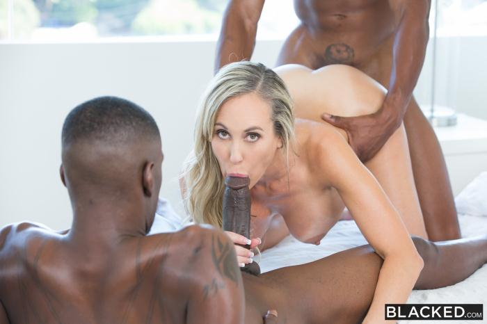 Blacked: Brandi Love Isiah Maxwell, Jason Brown - Sexy Mom Takes 2 young BBCs [FullHD 3.90 GB]