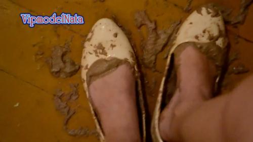 Scat [Shit in my white shoes, feet in the shit] FullHD, 1080p