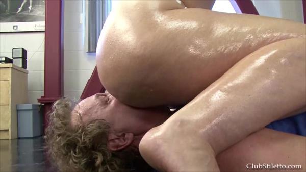 Worship Goddess Sophies Sweaty Muscles [1080p]