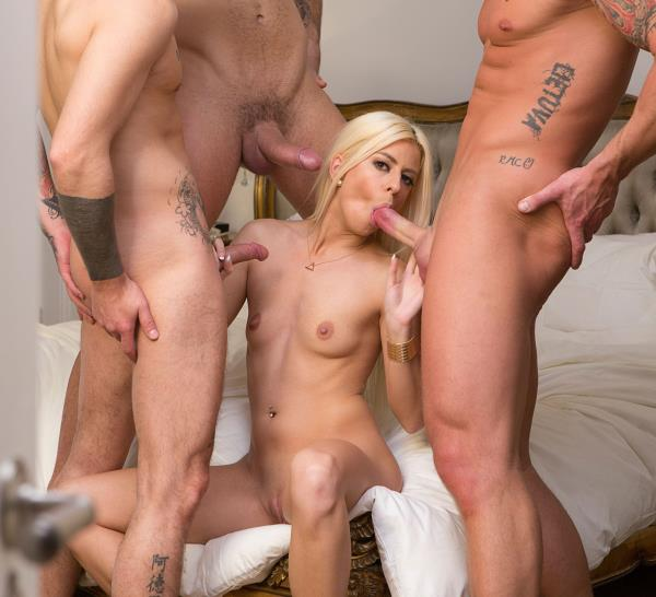DorcelClub: Jessie Volt - Jessie Volt gangbanged by 3 young men [FullHD 461 MB]