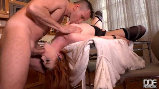 0nlyBl0wj0b, DDFN3tw0rk: Ella Hughes - Morning Glory - Blowjob Leads To Nerdy Glasses Covered in Cum (SD/360p/207 MB) 17.11.2016
