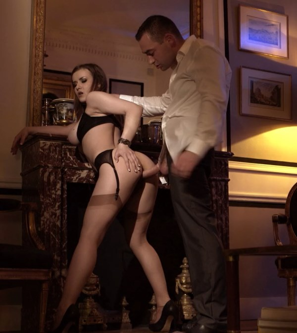 DorcelClub: Mina Sauvage -Mina Sauvage, Her first Luxure experience [FullHD 309 MB]