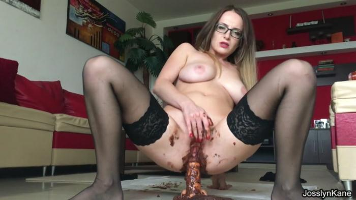 Mom wants to fuck her son - huge shit (Scat Porn) FullHD 1080p
