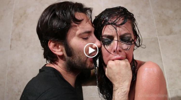 Brandy Aniston Face Fucked in the Shower / 10 November 2016 [DeviantHardcore / FullHD]