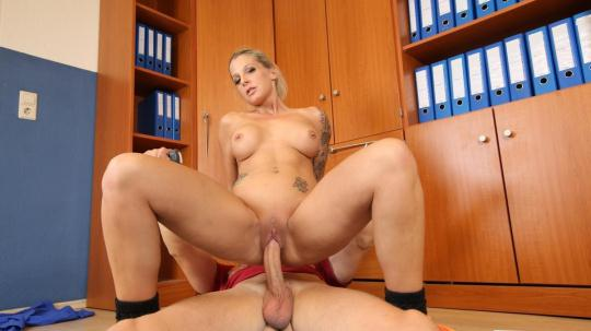 BumsBuero: Samy Fox - Cum on tits for blonde German sports instructor after sex with client (SD/480p/359 MB) 27.11.2016