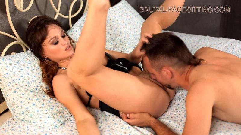 Brutal-Facesitting.com: Mistress Sally - Pussy Worship And Lick [HD] (408 MB)