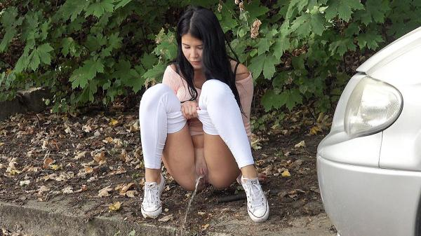Tight white leggings (FullHD 1080p)