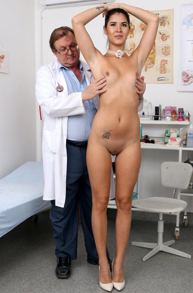 19 years girls Lady Dee gyno exam / 11.10.2016 [ExclusiveClub, FreakyDoctor / HD]