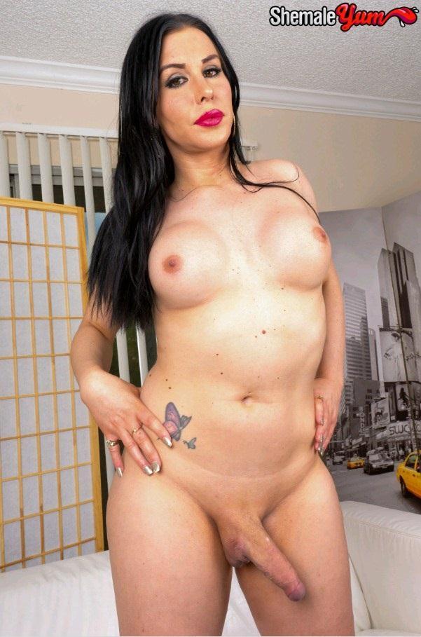 Meet Gorgeous Marissa Minxx! / 01 nov 2016 [ShemaleYum / HD]