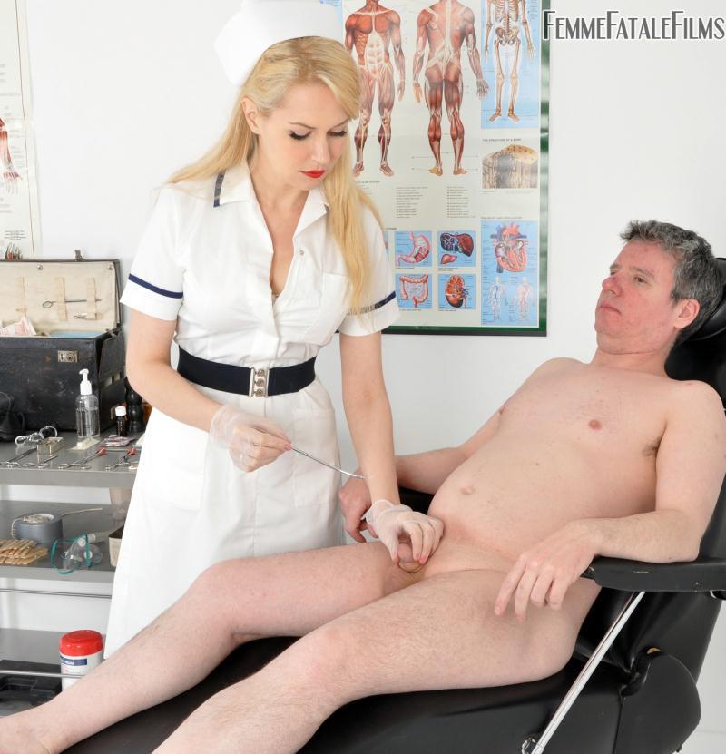 FemmeFataleFilms: Mistress Eleise de Lacy - Anal Stretching Clinic  [HD 720p] (452 MiB)