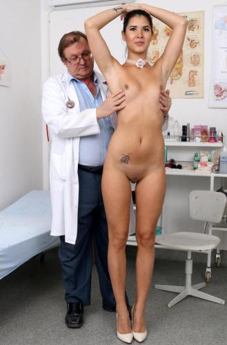 ExclusiveClub.com [Lady Dee - 19 years girls gyno exam] HD, 720p