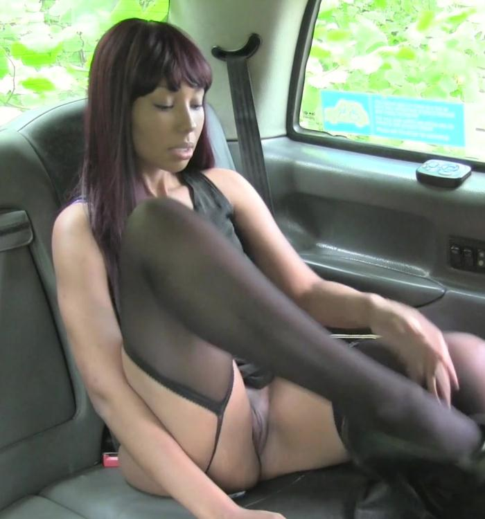 Sade Rose - Ebony In Stockings Goes Dogging [HD 720p]