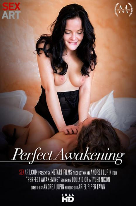 SexArt: Dolly Diore - Perfect Awakening [HD 673 MB]