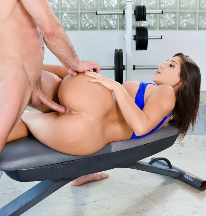 Abella Danger - She Works You Out  [FullHD 1080p]