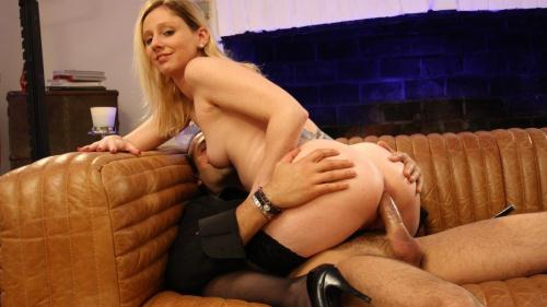 LaNovice.com / P0rnD03Pr3m1um.com [Lexy Bee - Naughty blonde French newbie gets pussy and ass fucked hard by Max Casanova] SD, 480p