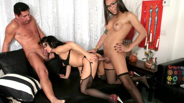 Luana Bazooka - Wild passionate threesome with hot Latina tranny, horny babe and guy [Tr4nsB3ll4] 720p