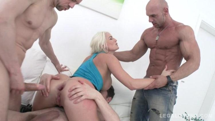 Blanche Bradburry assfucked by 3 guys in front of her real boyfriend SZ1278 / 25 Nov 2016 [LegalPorno / SD]