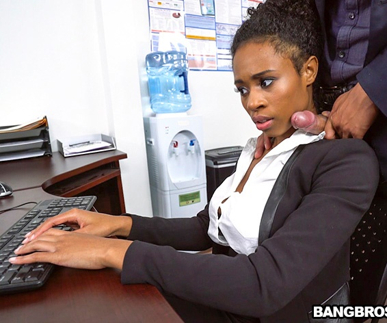 BrownBunnies/BangBros: Ivy Young - Ivy Young learns how to get ahead in the office  [SD 480p]  (Young)