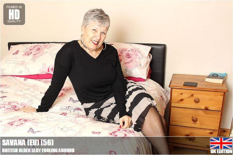 Savana (56) - British Older Lady Fooling Around! Granny Masturbation! / 29 Nov 2016 [Mature.nl / HD]