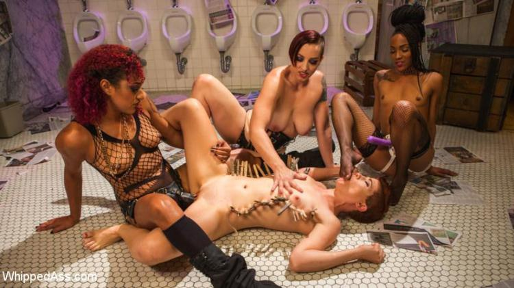 Dyke Bar 5: New girl spanked, flogged, and strap-on DP'd! / Ingrid Mouth, Daisy Ducati, Mistress Kara, Nikki Darling / 24.11.2016 [WhippedAss / HD]