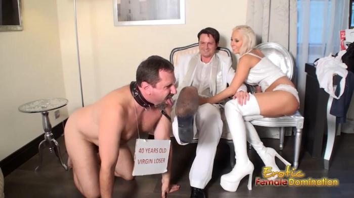 Eroticfemaledomination: Cuckold Virgin Loser Licks Off Bull's Shoes While Wife Jerking Off Bull's Dick (HD/720p/159 MB) 03.11.2016
