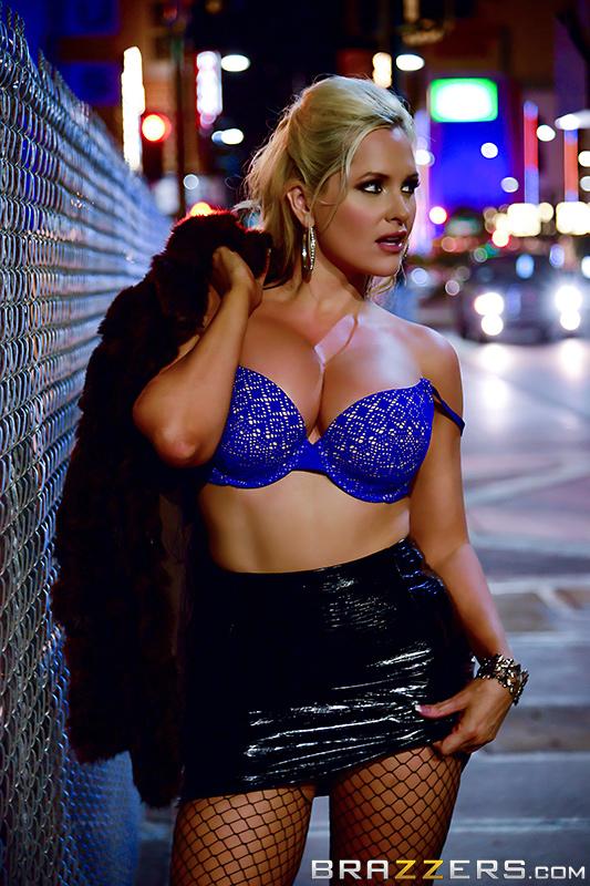Alena Croft ~  Oiling A Whore  ~  DirtyMasseur ~  SD 480p