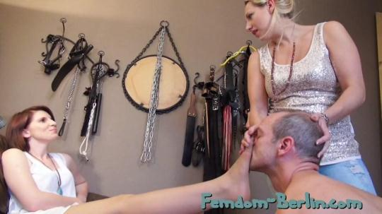 Femdom-Berlin: Lady Faye and Lady Cloe - Slave Time Part 1 (SD/540p/309 MB) 14.11.2016